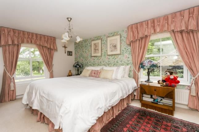 Guest Suite of Hanging Birch Lane, Horam, Heathfield, East Sussex TN21