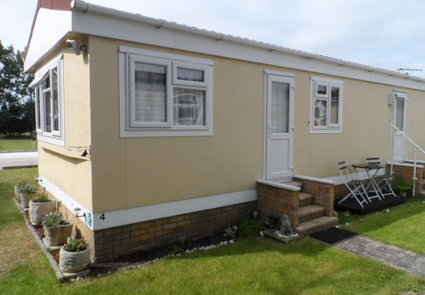 Thumbnail Property for sale in Little Clacton, Clacton On Sea