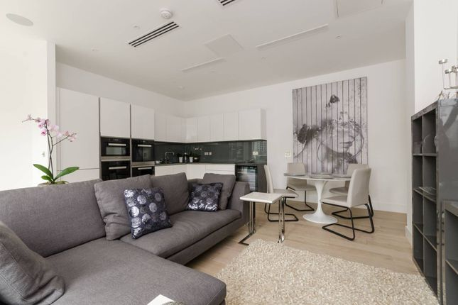 Thumbnail Flat to rent in Central Avenue, Fulham, London