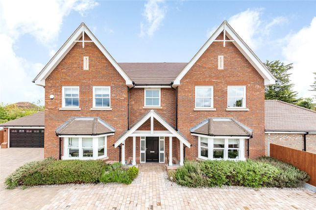 Thumbnail Detached house for sale in Astwood Close, Emerson Park