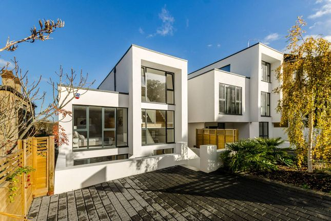 Thumbnail Property to rent in Canonbie Road, Honor Oak Park