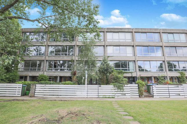 Thumbnail Town house for sale in Vanbrugh Park, London