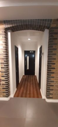 Photo 15 of One Bedroom Flat For Sale, Lawn Lane, London SW8