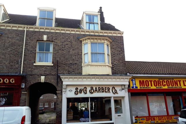 Thumbnail Town house to rent in Middle Street South, Driffield