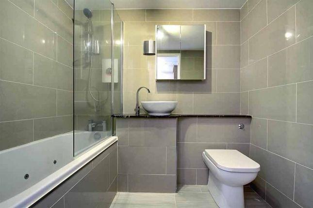 1 bed flat to rent in Eleanor Way, Waltham Cross