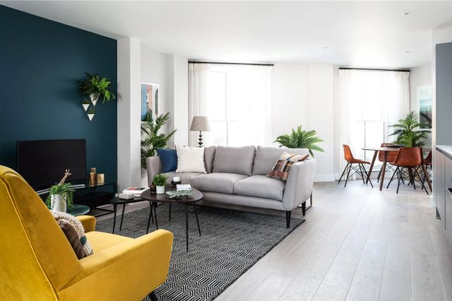 Thumbnail Property for sale in Stamford Road, London
