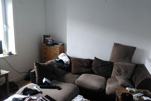 Thumbnail Flat to rent in Northgate Street, Caernarfon