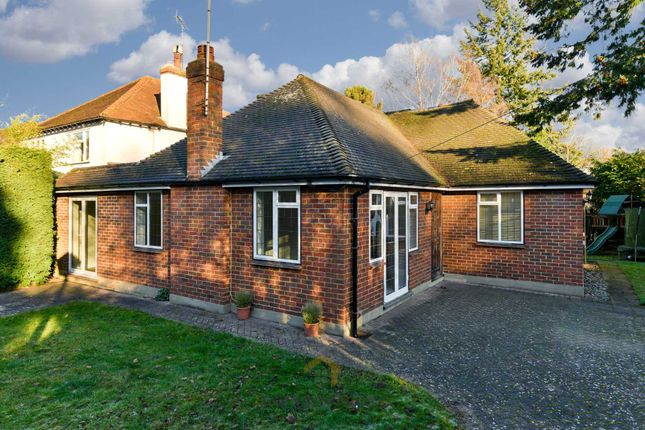 Thumbnail Detached bungalow to rent in Woodcote Hurst, Epsom