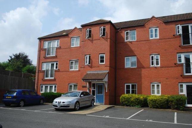 Flat in  Nuneaton Road  Bedworth C Birmingham