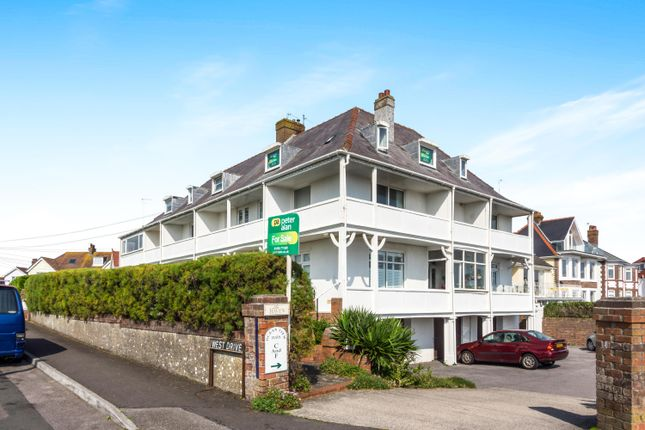 Thumbnail Flat to rent in West Drive, Porthcawl