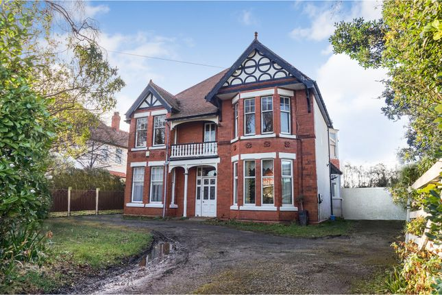 Thumbnail Detached house for sale in Kings Road, Colwyn Bay