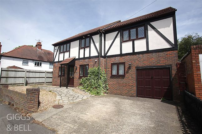 Thumbnail Detached house for sale in Capron Road, Luton, Bedfordshire