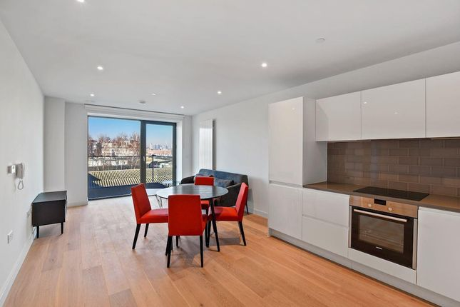 Thumbnail Property to rent in Shipwright Street, London