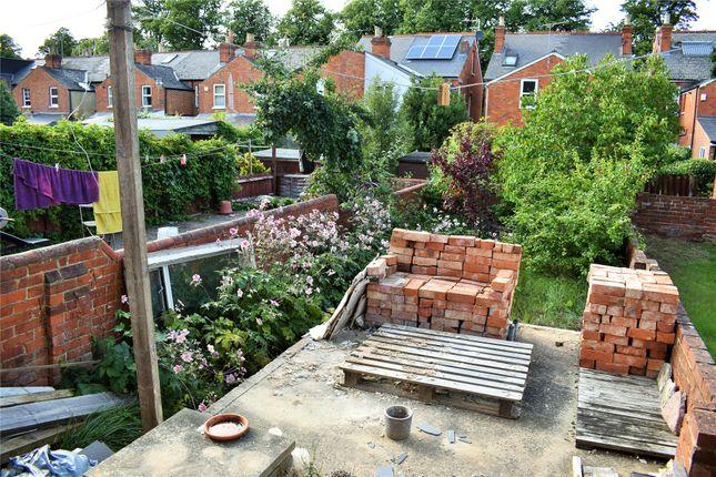 Picture No. 08 of Grange Avenue, Reading, Berkshire RG6