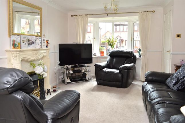 Lounge of Simkin Way, Bardsley, Oldham OL8