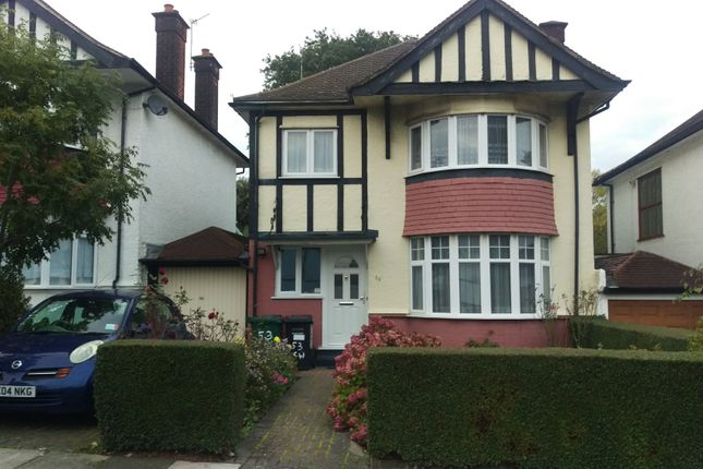 Thumbnail Detached house for sale in Cheyne Walk, Hendon