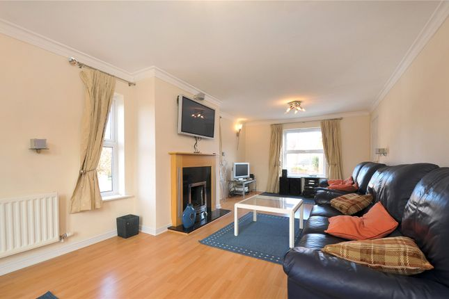 Picture No. 16 of Arbery Way, Arborfield, Reading, Berkshire RG2