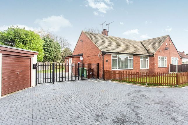 Thumbnail Bungalow for sale in Valley Road, Kippax, Leeds
