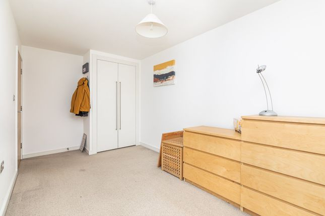 Bedroom Two of The Waterfront, Hertford SG14