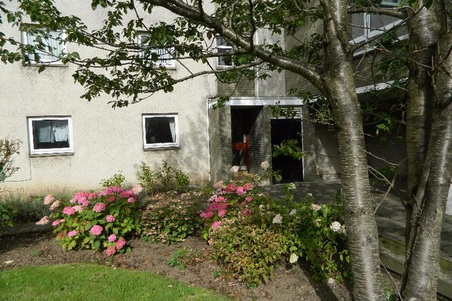 Thumbnail Studio to rent in Mortonhall Park Place, Liberton, Edinburgh
