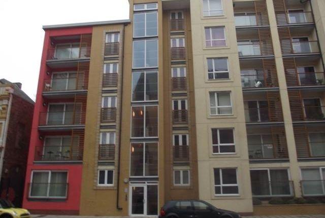 Thumbnail Flat to rent in Dock Street, Hull
