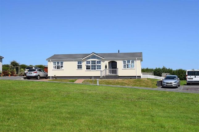 Thumbnail Mobile/park home for sale in Camrose, Haverfordwest