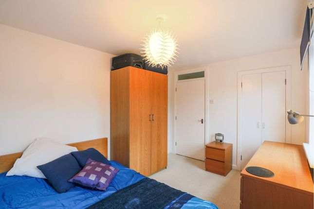 Bedroom of 254-258 Lower Road, London SE8
