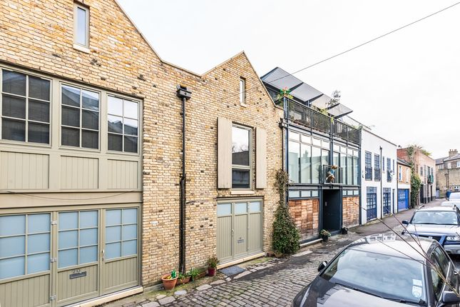 3 bed flat for sale in Havelock Walk, London SE23