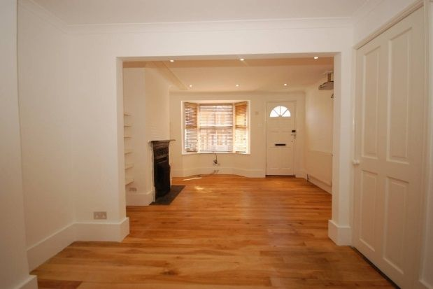 Thumbnail Terraced house to rent in Framfield Road, Uckfield