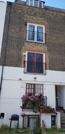 Room to rent in Regal Row, Peckham SE15