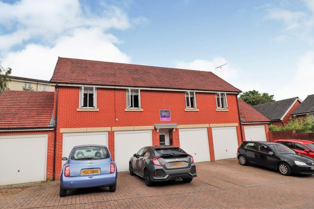 Thumbnail Property for sale in Jack Russell Close, Stroud