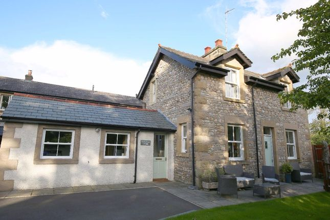 Thumbnail Cottage for sale in North Road, Carnforth