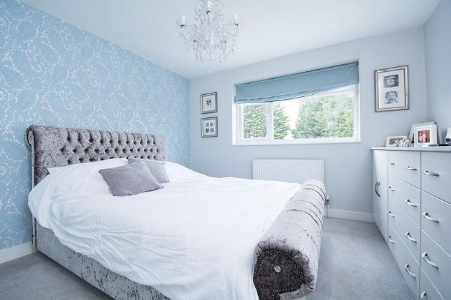 Bed 1 of Meadow Road, Bushey WD23
