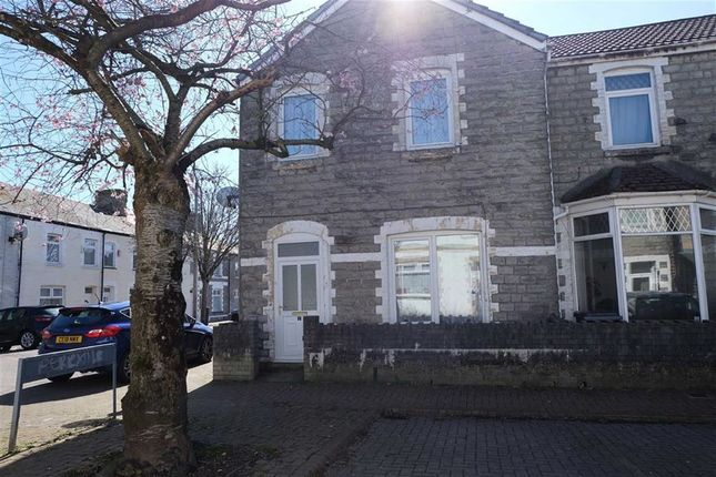 3 bed end terrace house to rent in Gilbert Street, Barry, Vale Of Glamorgan
