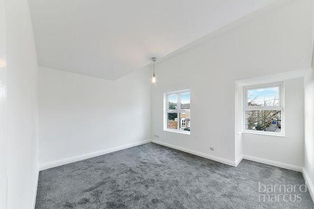 Thumbnail Property to rent in Longfellow Way, London