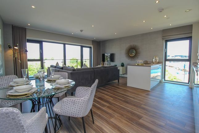 Thumbnail Flat to rent in Whitewater House, Bayscape, Cardiff Bay