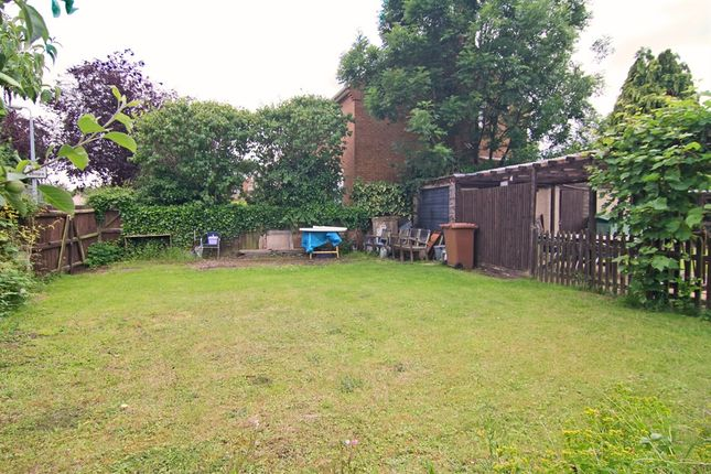 2 bed property for sale in cherry orton road orton