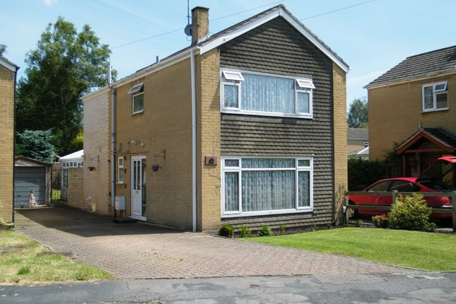 Thumbnail Detached house for sale in Ashurst Road, Ash Vale