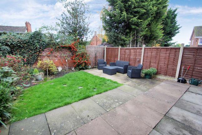 Garden of Albury Road, Studley B80