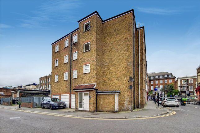 Thumbnail Flat to rent in Garnham Street, London