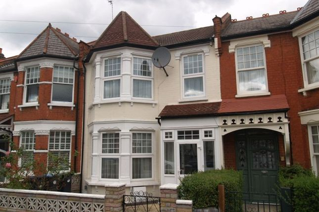 Thumbnail Terraced house for sale in Kelvin Avenue, London