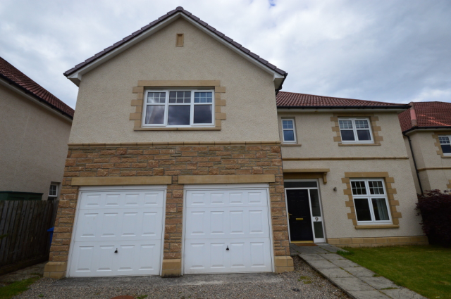 5 bedroom detached house to rent in Culduthel Mains Gardens, Inverness IV2,