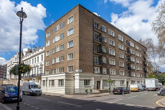 2 bed flat for sale in Hyde Park Square, London