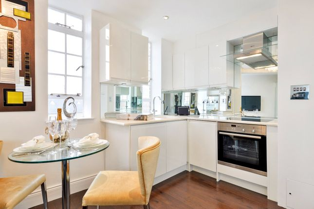 Flats for sale in chelsea cloisters sloane avenue london for Chelsea apartments for sale