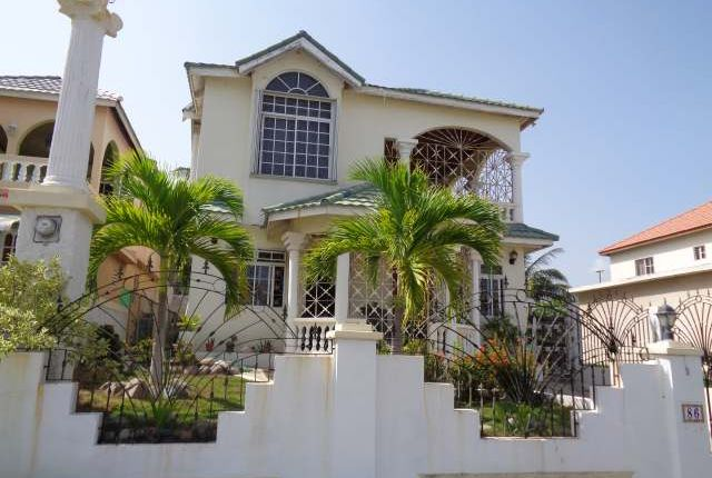 Detached house for sale in May Pen, Clarendon, Jamaica
