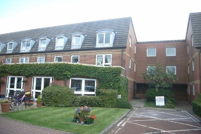 Thumbnail Flat for sale in Kirk House, Anlaby, Anlaby, East Yorkshire