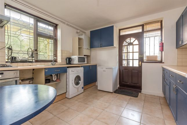 Thumbnail Shared accommodation to rent in Weymouth Terrace, London