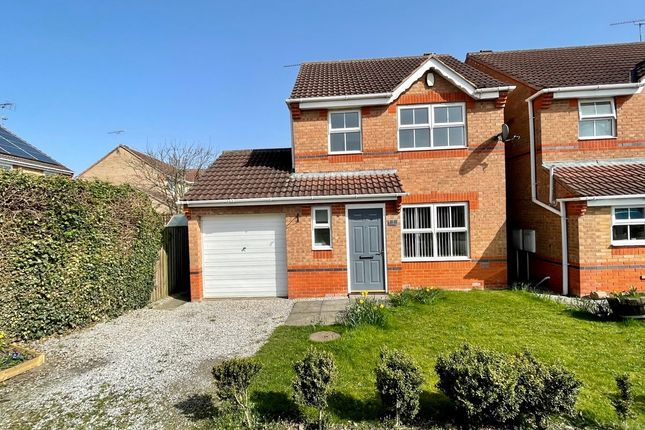 3 bed detached house to rent in Clarke Avenue, Dinnington S25