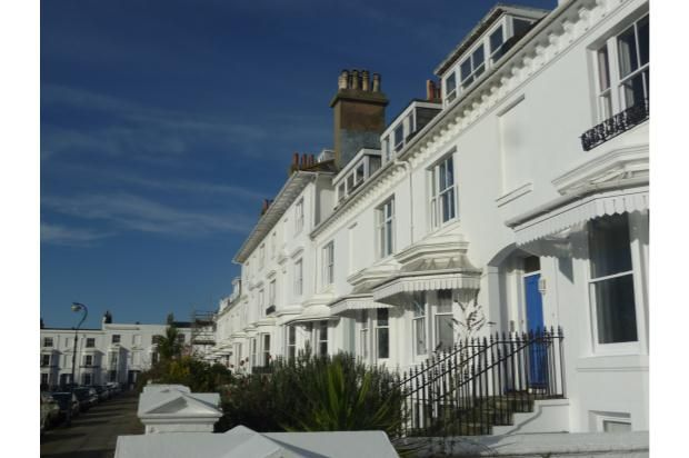 2 bed flat to rent in Clifton Terrace, Brighton, East Sussex BN1