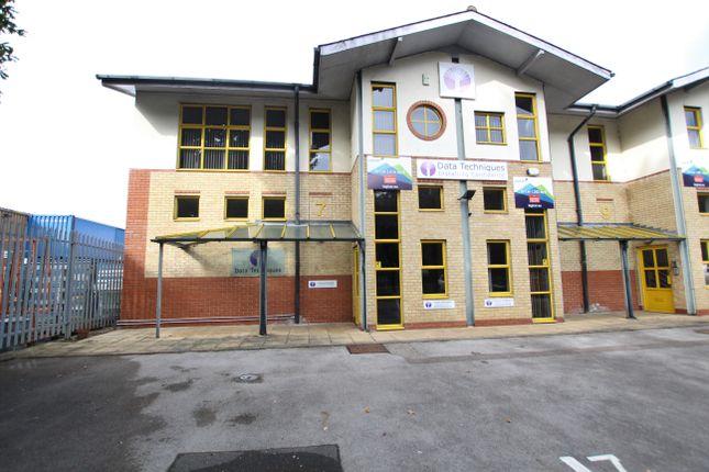 Thumbnail Industrial to let in Unit 7 Farnborough Business Centre, Eelmoor Road, Farnborough
